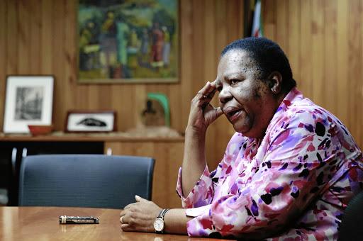 Naledi Pandor ontmoet Afrika-gesante - SowetanLIVE