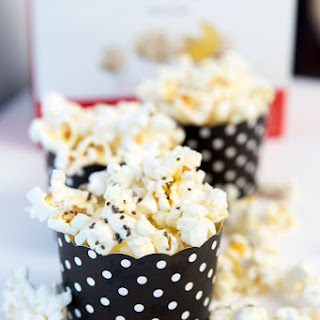 Snacking Popcorn & Chia