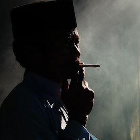 Smoke by Muhammad Ikhsan - People Portraits of Men