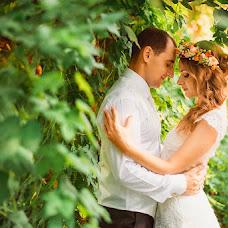 Wedding photographer Oksana Novosadova (Oks-FOX). Photo of 27.08.2013