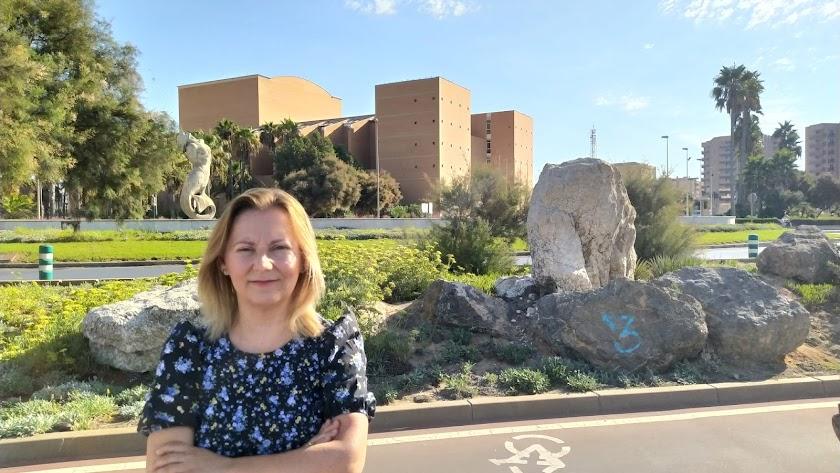 María del Mar Berenguel, en el Paseo Marítimo de Almería.