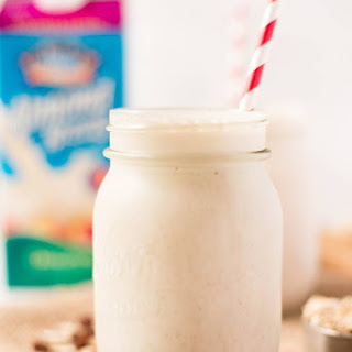 Oatmeal Raisin Cookie Protein Shake