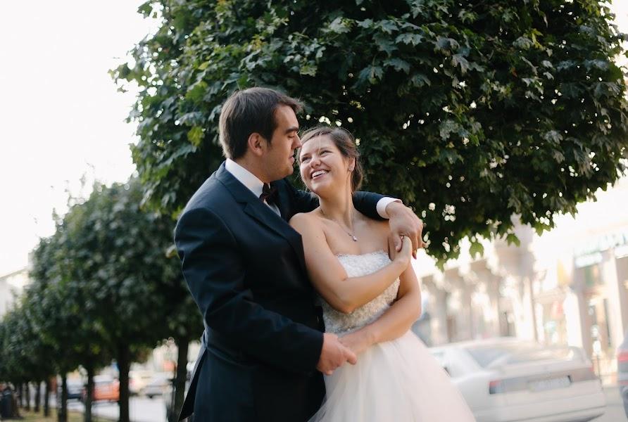 Wedding photographer Yarema Ostrovskiy (Yarema). Photo of 22.02.2017