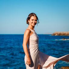 Wedding photographer Katerina Romanova (lolh). Photo of 26.12.2015