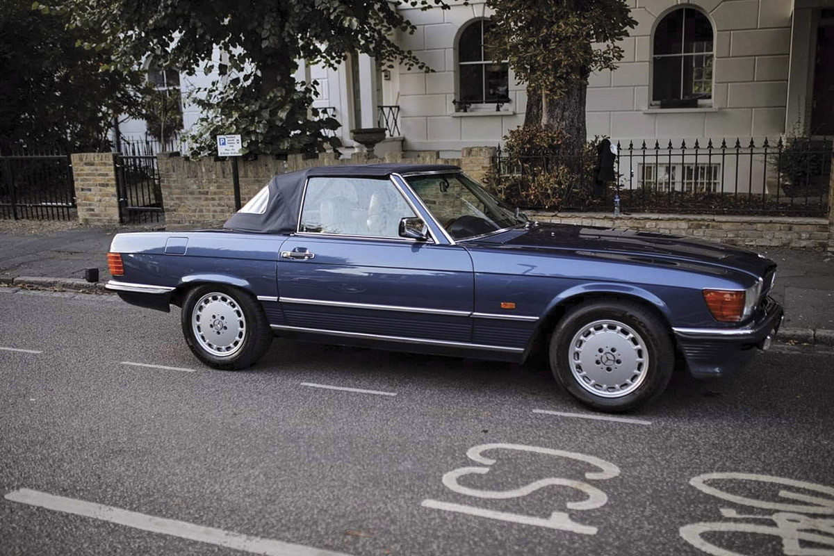 Mercedes R107 300sl Hire London