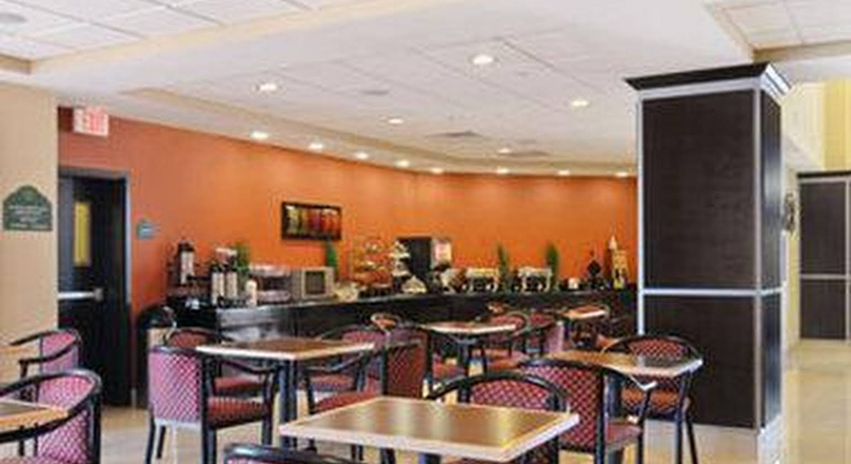 Wingate by Wyndham Lake Charles Casino Area