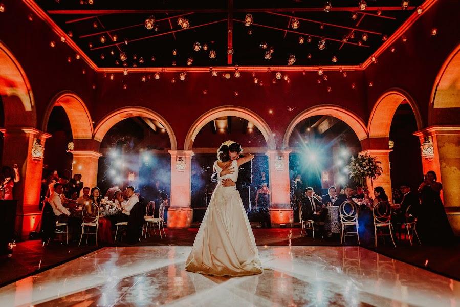 Bryllupsfotograf Dinorah Ávila (dinorahavila). Bilde av 09.04.2019
