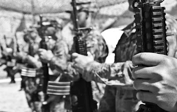 Militär_Waffen.jpg