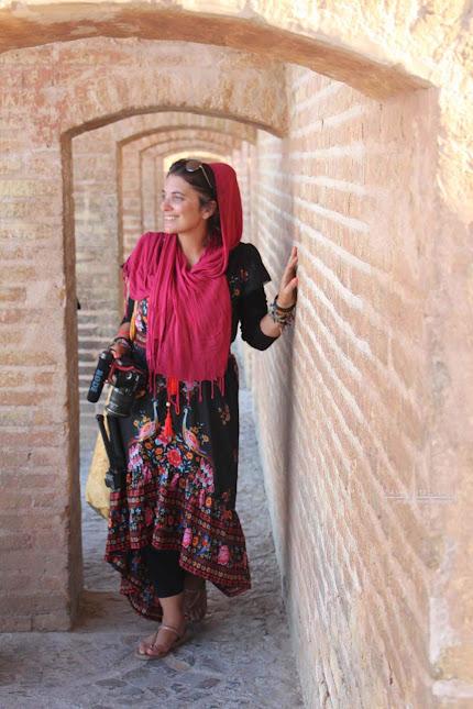 CÓDIGO DE VESTIMENTA NO IRÃO | Como se vestir para respeitar o dress code do Irão
