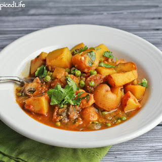 Potato Curry with Peas and Mushrooms