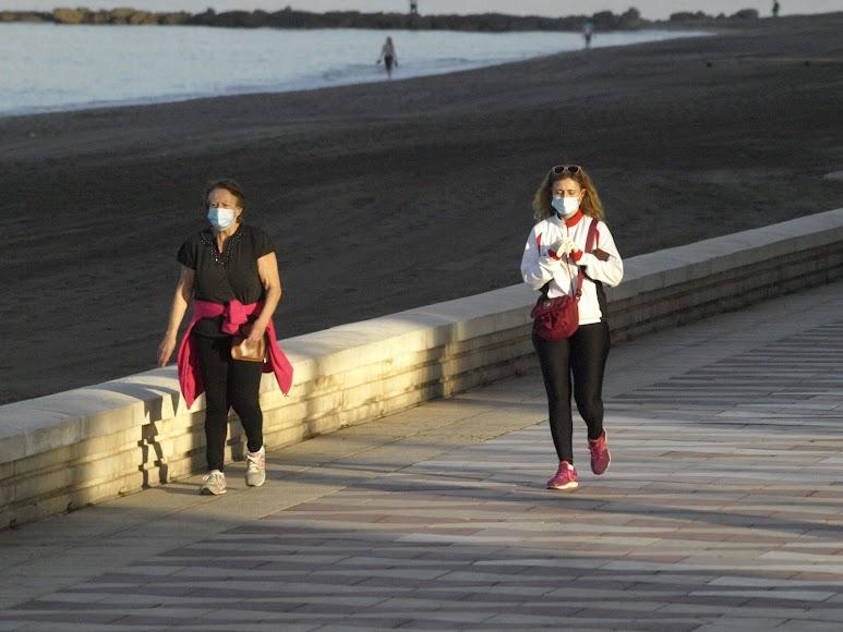Un paseo matinal siempre con seguridad.