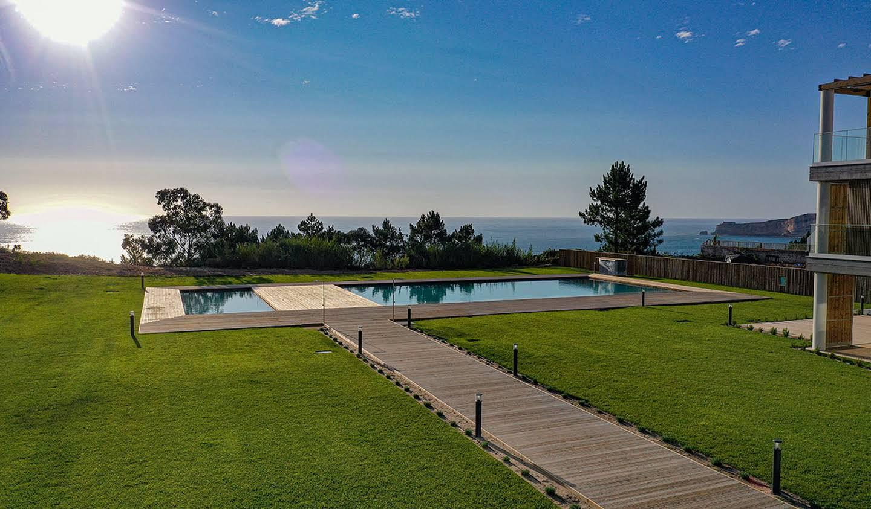 Appartement avec terrasse et piscine Nazaré