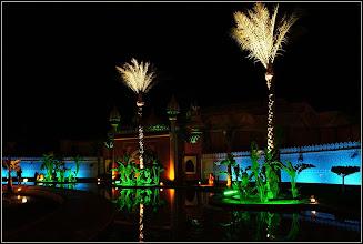 "Photo: Шарм эль Шейх. Во дворце ""Тысяча и одна ночь"". У входа."