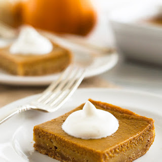 Skinny Mini Pumpkin Pie With Graham Cracker Crust