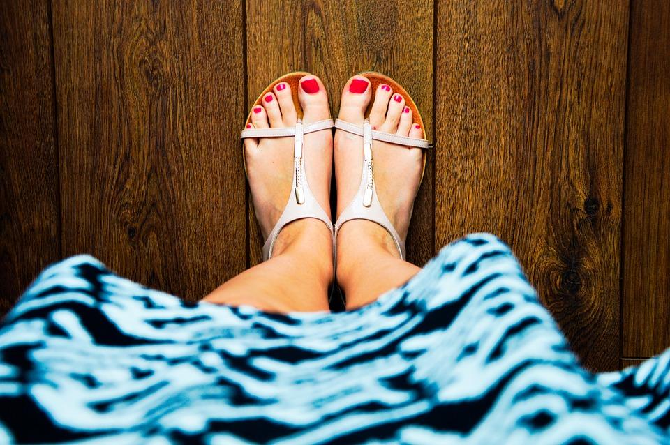 sandals-932756_960_720.jpg