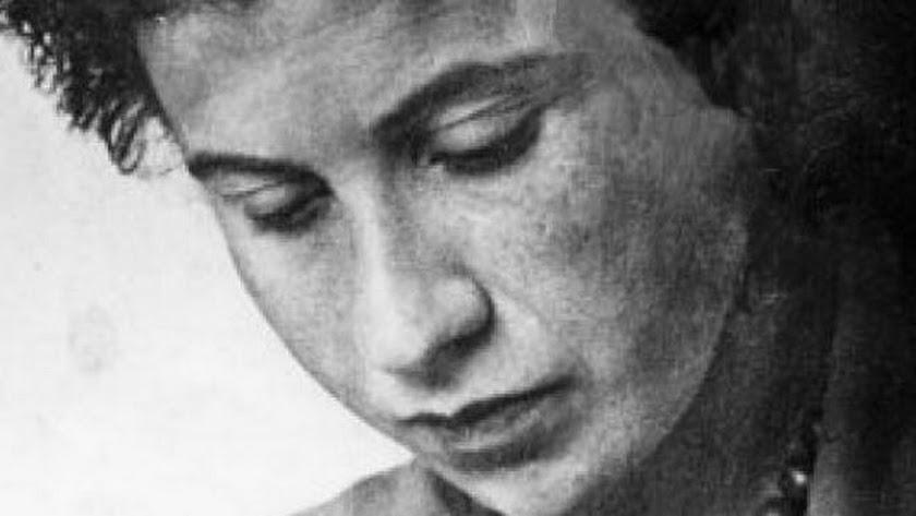 Fue deportada a Auschwitz con sus padres y hermanos, donde perecieron todos.