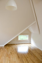 Photo: Large upstairs room