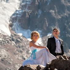 Wedding photographer Vladimir Amangaliev (Pavv). Photo of 30.09.2014