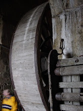 Photo: The Great Wheel, dating from the period when the Mount was used as a prison. 4 or 5 men walked inside the wheel, powering ropes used to haul provisions to the upper levels.