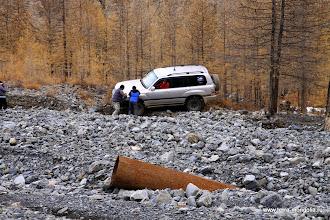 Photo: Впереди лежит законсервированный рудничный поселок. Теперь вам понятно, откуда взялась труба.