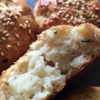 Krachel (Moroccan Sweet Rolls) - Ramadan Recipes