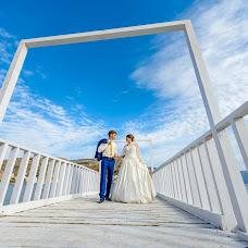 Wedding photographer Andrey Pakulin (sputnik). Photo of 30.10.2014