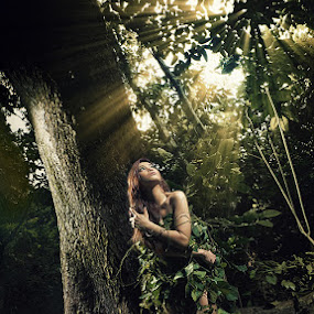 Lost in the forest by Tito Adinoegroho - People Portraits of Women