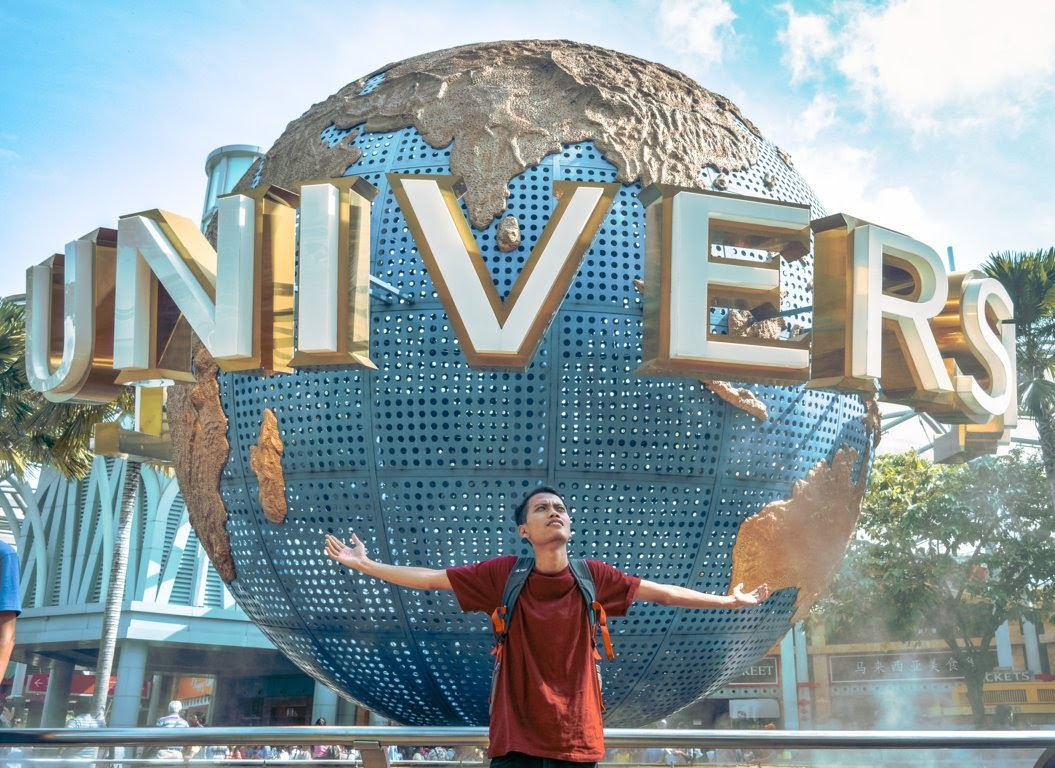 Bola Dunia Universal Stuido Singapore