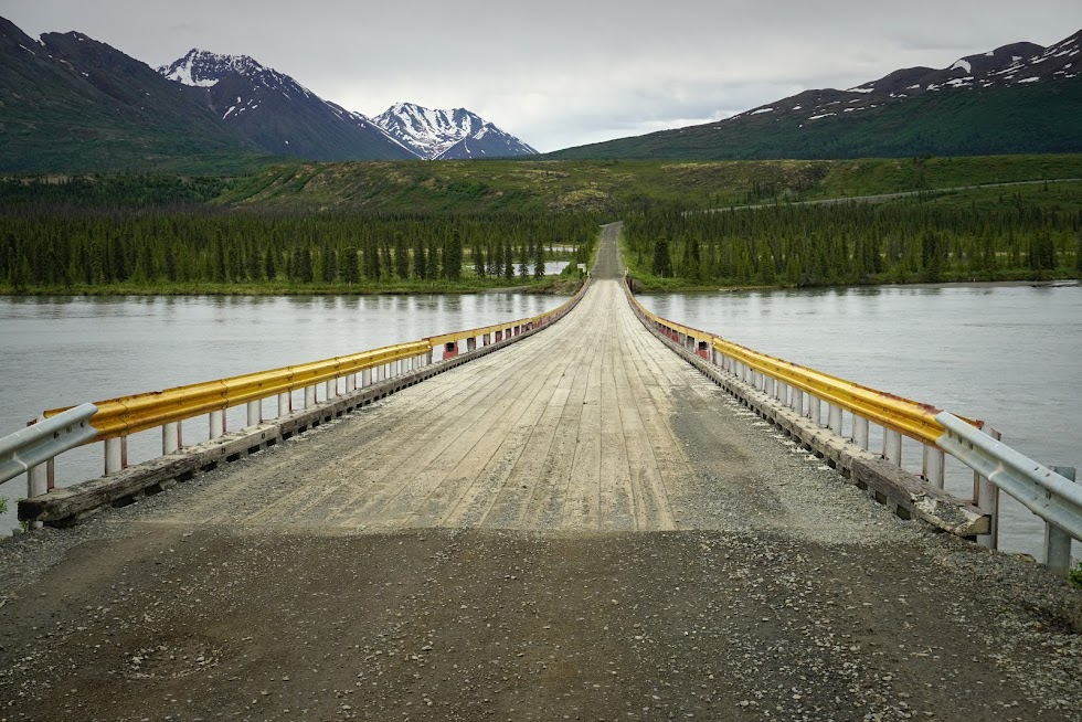 The long, desolate road ahead - Denali Highway, Alaska