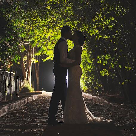 Wedding photographer Tom Viturino (viviphotoart). Photo of 06.10.2017