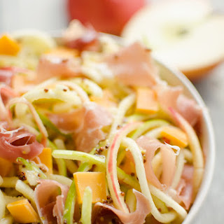 Spiralized Apple, Cheddar & Prosciutto Salad Recipe