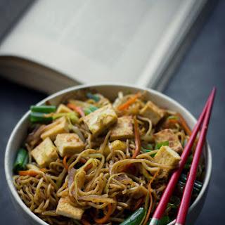 VEGAN Yakisoba Noodles.