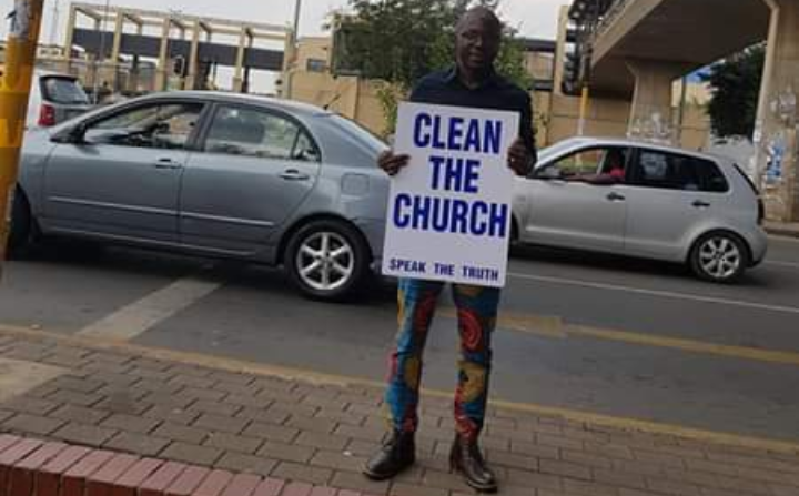 Christian apologist and activist Solomon Izang Ashoms embarked on a one-man three-day protest against false prophets.