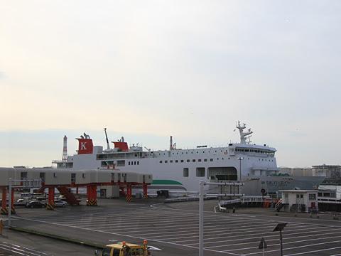 川崎近海汽船「シルバーエイト」 苫小牧港にて