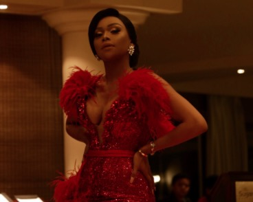 Curves and talent: Bonang Matheba steals the show at #PSLAwards