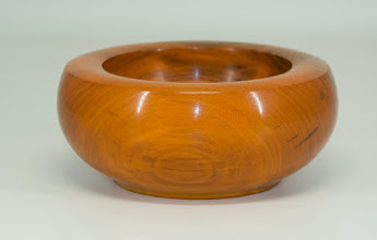"Photo: Amy Rothberg 5"" x 2"" small bowl [osage orange]"