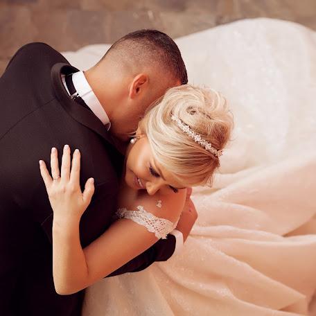 Wedding photographer Neritan Lula (neritanlula). Photo of 10.12.2017