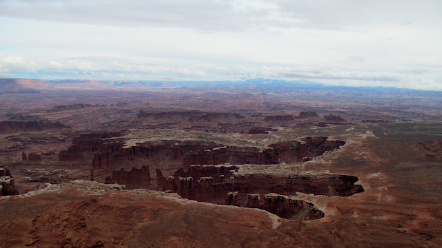 View of Monument Basin from Grand View Point