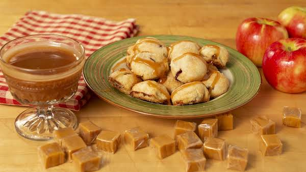 Apple Pie Bites Drizzled With Homemade Caramel Sauce