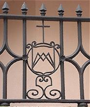 Photo: Madríd, antiguo colegio Landirás