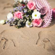Wedding photographer Polina Rumyanceva (polinahecate2805). Photo of 06.07.2016