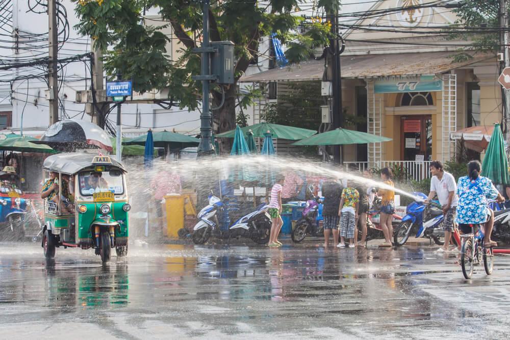 水かけ祭り ソンクラーン