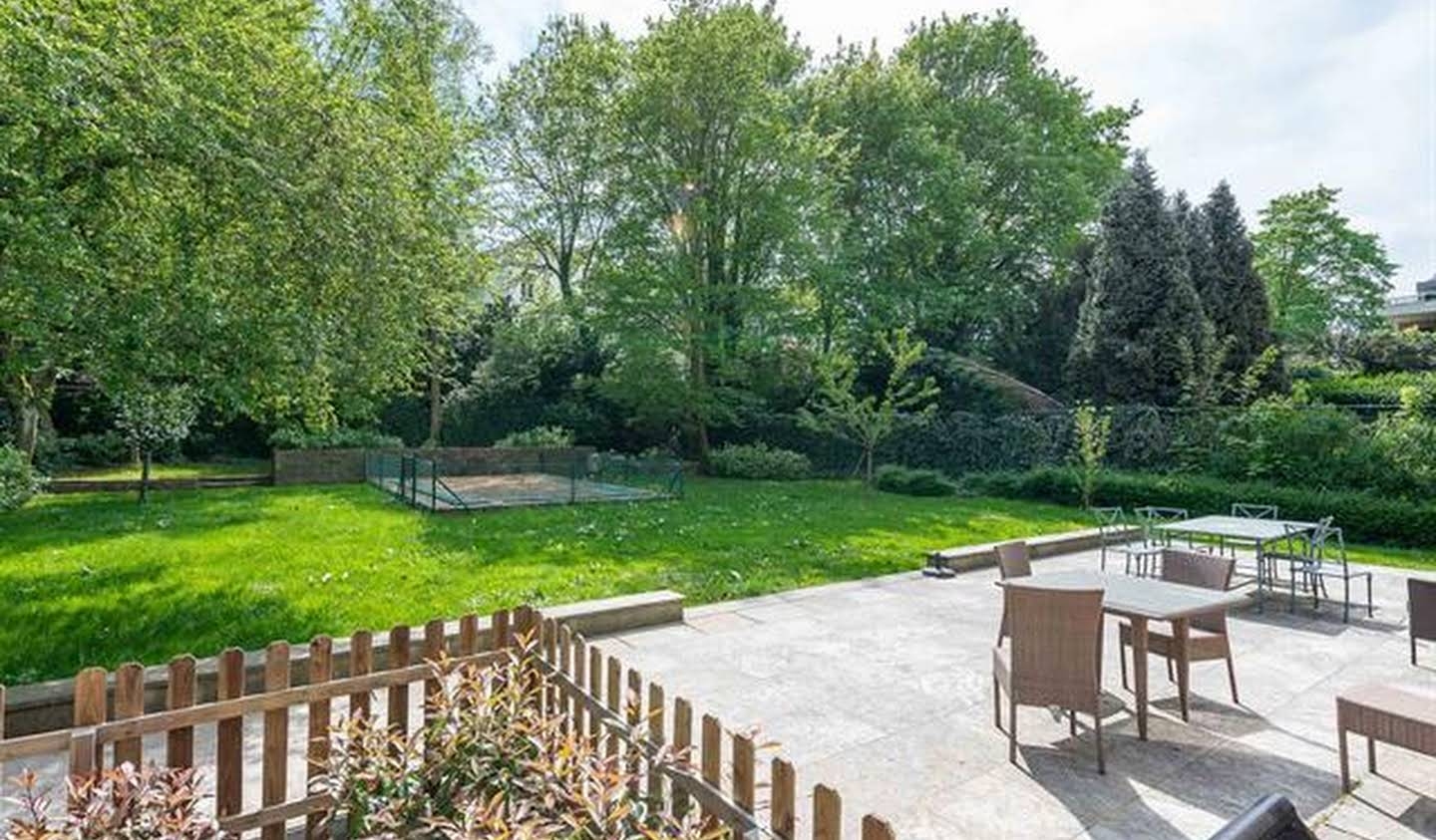 Apartment with pool Uccle