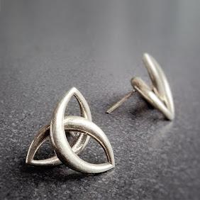 MUSUBI   Earrings
