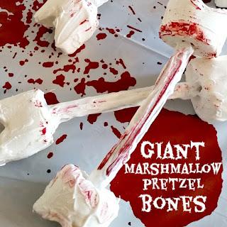 Halloween Food – Giant Marshmallow & Pretzel Bone Dessert