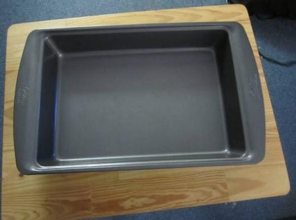 Grease a 13x9 baking sheet.