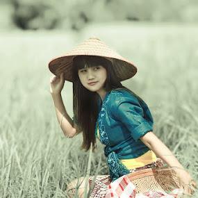 Peasant Girl portrait by Lensa Surabaya - People Portraits of Women ( peasant girl portrait )