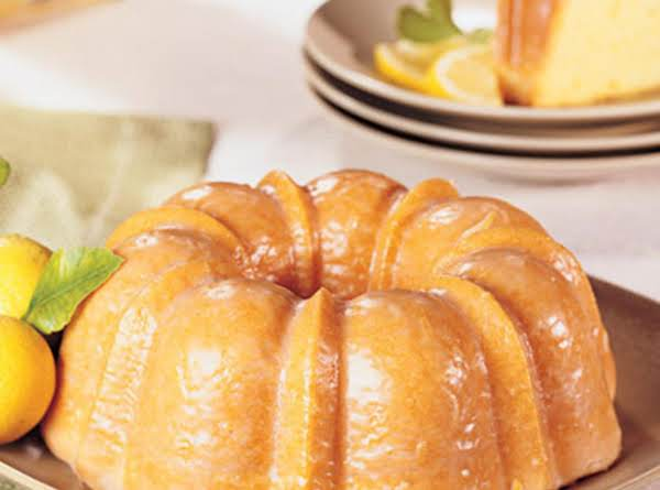Lemon Bundt Pound Cake Made Easy!