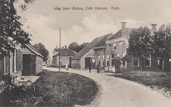 Photo: Café Homan, Hoofdstraat