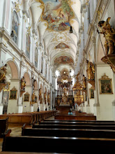 Photo: St Peters Church: oldest church in town. Built on the hill where Munich's original monks probably settled (the city was founded in 1158). It was rebuilt with beer money & private donations (the church used to play bells without the last note as a reminder that they needed money)